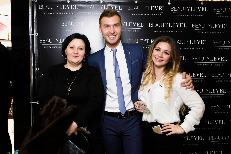 День рождения магазина Beauty Level в ТЦ Европейский.